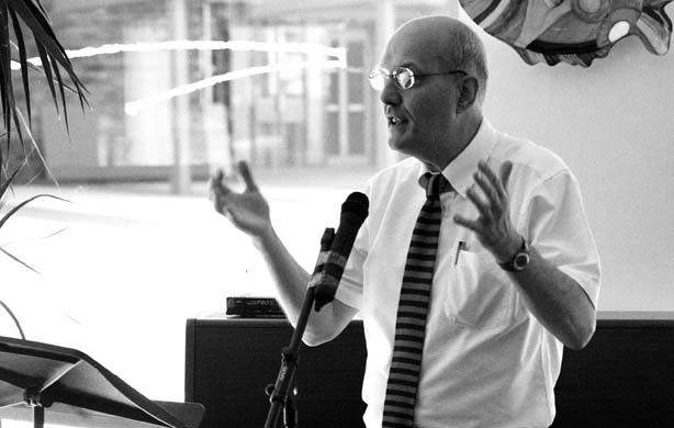 Peter Finch at the Cardiff International Poetry Awards 2007